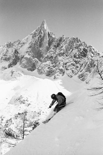 Oskar skiing in the shadow of Le Drus, Chamonix